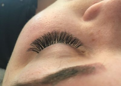 Full Russian lash extensions closed eye