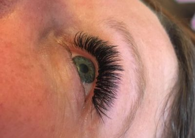 Full set of Russian Volume lashes